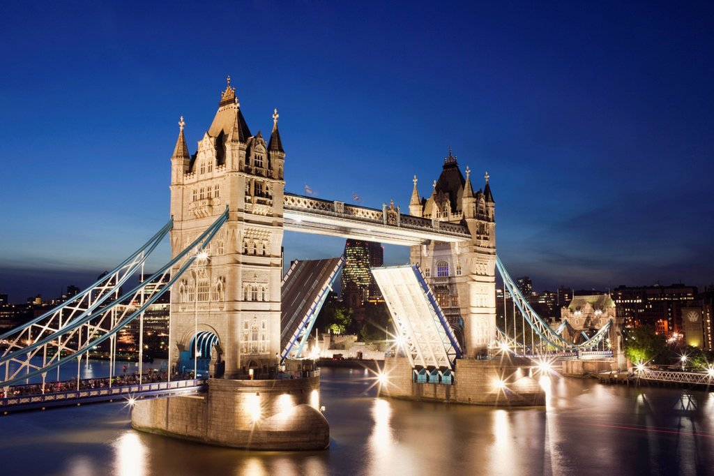 Stock Photo: 1597-149184 UK, United Kingdom, Europe, Great Britain, Britain, England, London, Tower Bridge, Thames River, River Thames, Landmark, Bridge, Bridges, Night, View, Illumination, Tourism, Travel, Holiday, Vacation