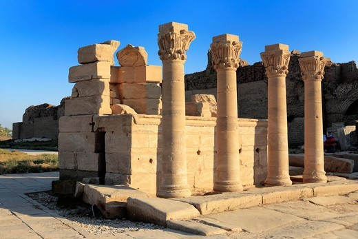 Stock Photo: 1597-150612 Africa, African, Maghreb, Egypt, Egyptian, Mid East, Mid_East, Middle East, Middle Eastern, North Africa, North African, tourism, travel, destinations, world locations, Architecture, building, Ancient, Archeology, archeological, Dendera, Denderah, Little. Africa, African, Maghreb, Egypt, Egyptian, Mid East, Mid_East, Middle East, Middle Eastern, North Africa, North African, tourism, travel, destinations, world locations, Architecture, building, Ancient, Archeology, archeological, Dendera, Dender