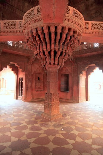 Asia, Asian, India, Indian, South Asia, South Asian, Subcontinent, architecture, building, cultural, culture, tourist attraction, traditional, travel, destinations, world locations, city, town, ancient, Fatehpur Sikri, Uttar Pradesh, Diwan_i_Khas, Akbar´s. Asia, Asian, India, Indian, South Asia, South Asian, Subcontinent, architecture, building, cultural, culture, tourist attraction, traditional, travel, destinations, world locations, city, town, ancient, Fatehpur Sikri, Uttar Pradesh, Diwan_i_K : Stock Photo