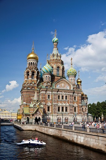 Russia, Europe, Saint Petersburg, Peterburg, City, Church, Saviour, Spilled Blood, religion, river, boat : Stock Photo