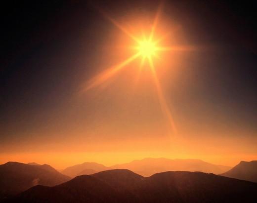 Stock Photo: 1597-155149 Monte Tamaro, mountains, panorama, sun, Ticino, Switzerland, rays, beams,