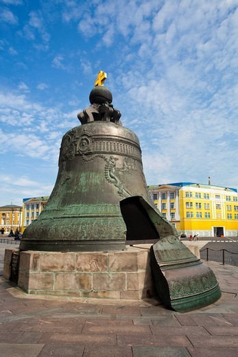 Stock Photo: 1597-155192 Russia, Europe, Moscow, City Kremlin, Tsar Bell, bell, broken