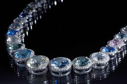 Stock Photo: 1597-157140 Bucherer, precious stones, jewellery, Collier, sapphires, precious stone, diamonds, diamond, chain, valuable, expensive,