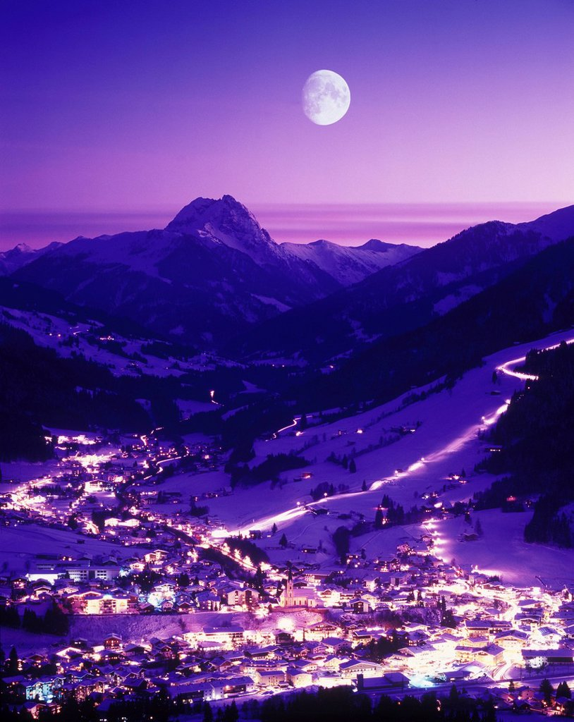 Stock Photo: 1597-159250 Austria, Europe, Tyrol, Kirchberg, Kitzbühel, winter, winter evening, night, moon, big, Rettenstein, mountain, mountains, tourism, travel,
