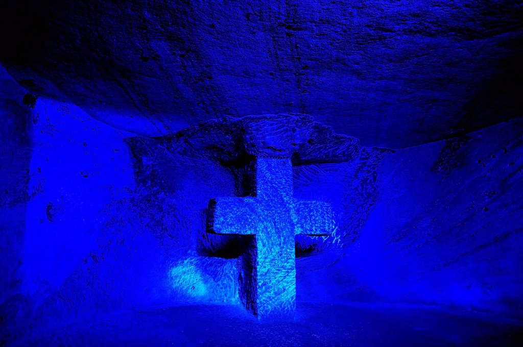 Stock Photo: 1597-161295 cross, church, salt mine, underground, Salt Cathedral, Zipaquira, Colombia, South America
