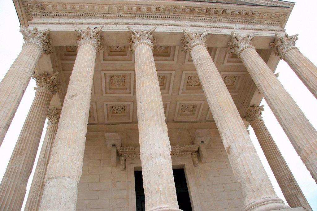 Stock Photo: 1597-161691 France, Europe, Nimes, Maison Carrée, temple, Roman, columns