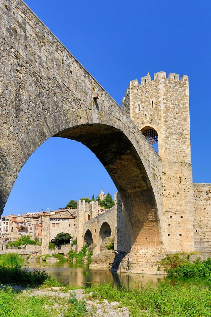 Stock Photo: 1597-163060 Spain, Europe, Catalonia, Girona Province, Medieval, Besalu, town, Bridge, arch, architecture, besalu, bridge, girona, medieval, skyline, tourism,