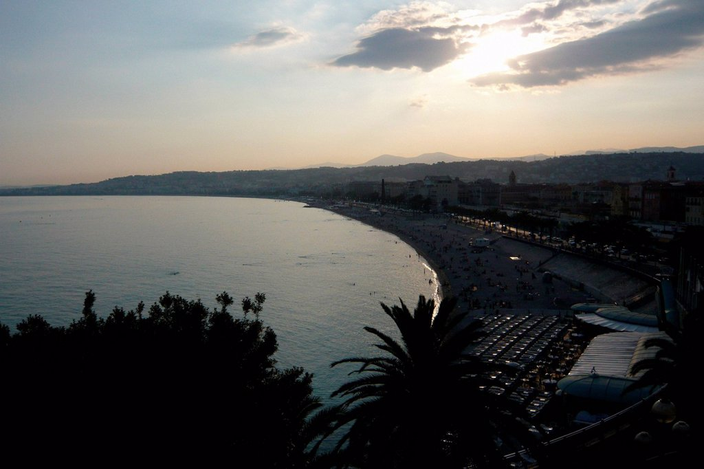 Stock Photo: 1597-163654 France, Europe, Nice, Nice, Côte d´Azur, beach, seashore, palms, sea, dusk, twilight,