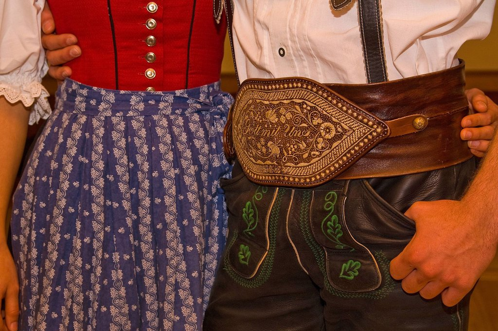 Bavaria, Europe, Upper Bavaria, Upper Bavaria, Teisendorf, Rupertiwinkel, Berchtesgaden area, national costume, Trachtler, Trachtlerin, tradition, customs, man, husband, woman, dirndl, girl, satchel, leather satchel, quill embroidery, embroidery, quill, d. Bavaria, Europe, Upper Bavaria, Upper Bavaria, Teisendorf, Rupertiwinkel, Berchtesgaden area, national costume, Trachtler, Trachtlerin, tradition, customs, man, husband, woman, dirndl, girl, satchel, leather satchel, quill embroidery, embroide : Stock Photo