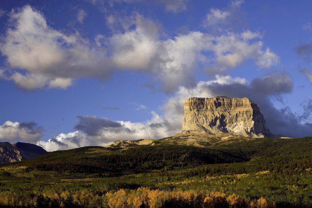 Stock Photo: 1597-165341 USA, Vereinigte Staaten, Amerika, Spitze, Berg, Gletscher, Nationalpark, MT, Montana, Herbst, Sonnenaufgang, Stimmung, stimmungsvoll, rockies, Rocky Mountains, Berge, Chief mountain,