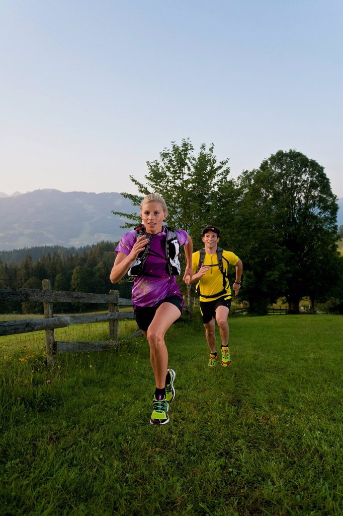 Stock Photo: 1597-165371 Trailrunning, Trail running, Trail, Ramsau, Dachstein, Styria, Austria, couple, woman, man, meadow, running, walking, run, jogging, sport, fitness, health