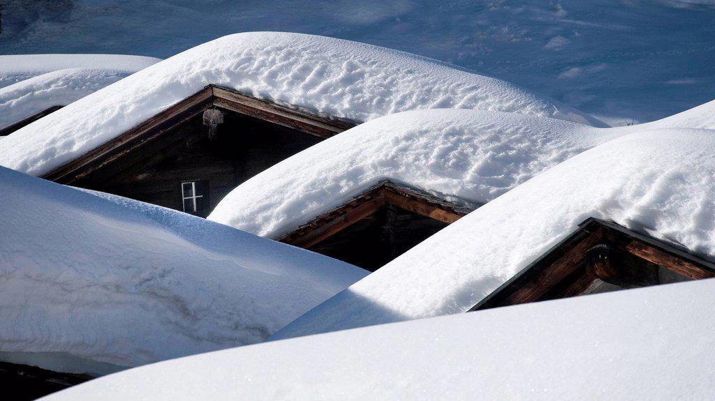 Roof, village, window, gable, Goms, house roof, timber house, timber houses, houses, homes, canton Valais, Niederwald, Obergoms, snow, Switzerland, winter, snowbound : Stock Photo