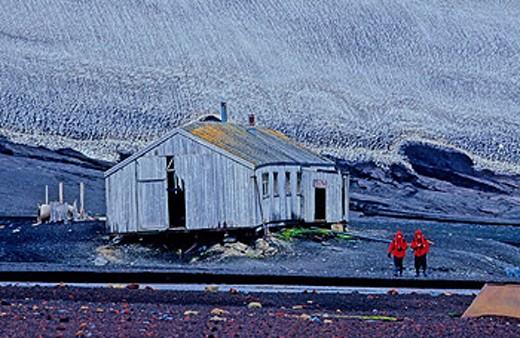 Antarctic, Antarctic Peninsula, Deception Island, Old whaling Station in Whaler´s Bay, cruiser, cruise line, hut, pe : Stock Photo