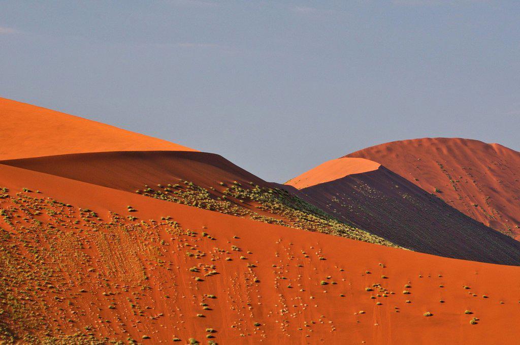 Stock Photo: 1597-170101 Africa, Dunes, Hills, Namib, Naukluft, Park, Namibia, Sossusvlei, desert, horizontal, pyramid, red, sand,