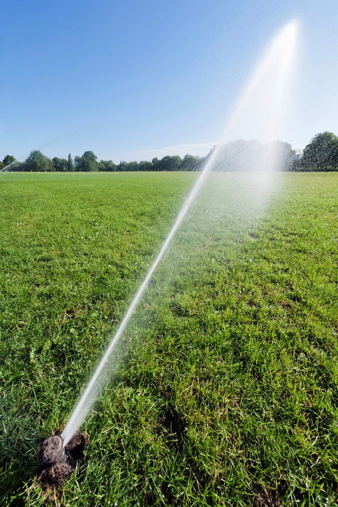 England, London, Regents Park, Watering System : Stock Photo
