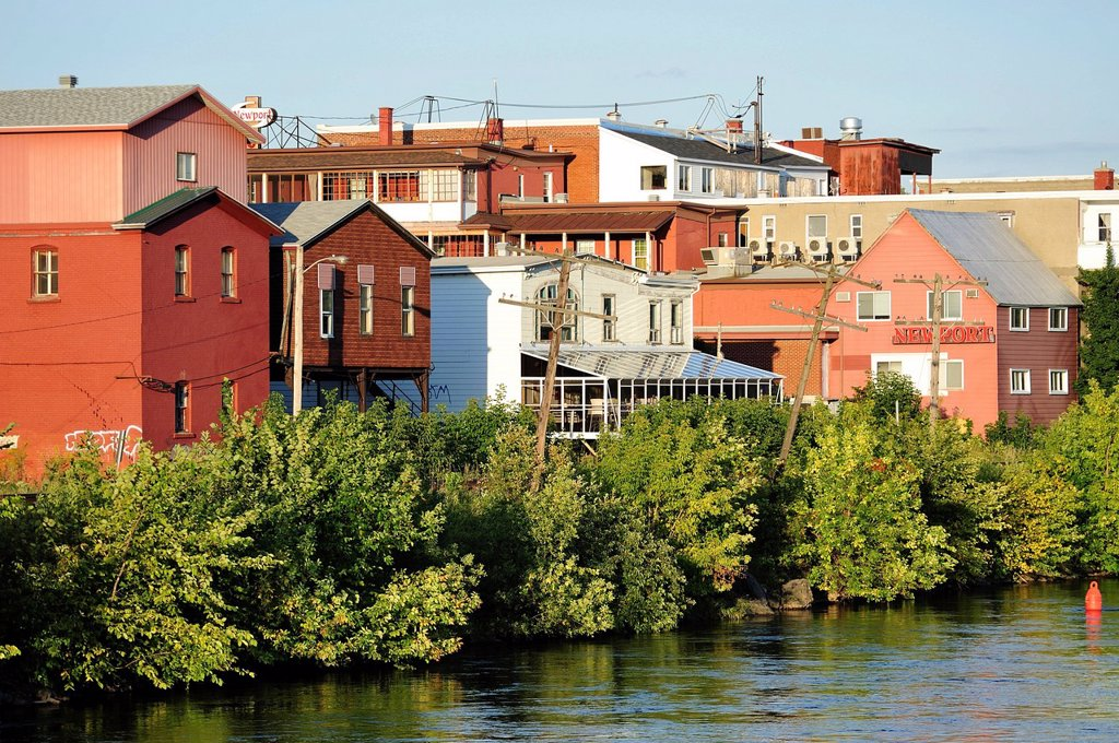 Stock Photo: 1597-171100 Canada, Eastern Townships, Magog, Quebec, Trees, coastline, colorful, daytime, homes, houses, quaint, river, riverfront, summer, sunny, waterfront