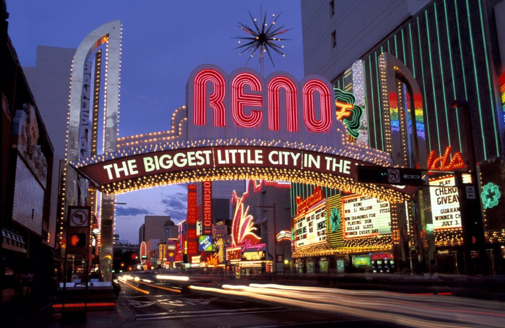 Stock Photo: 1597-17304 Nevada, Reno, USA, America, United States, lights, neon signs, night, traffic