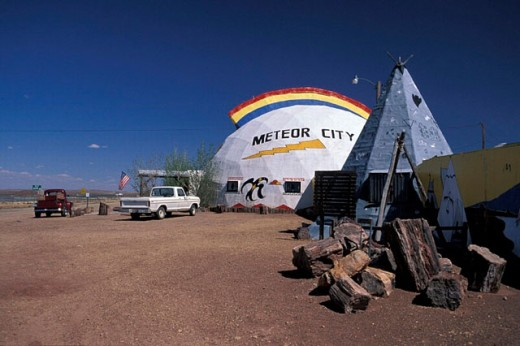 Stock Photo: 1597-17443 Arizona, Meteor City Gift Shop, Route 66, USA, America, United States, shopping, North America, tent