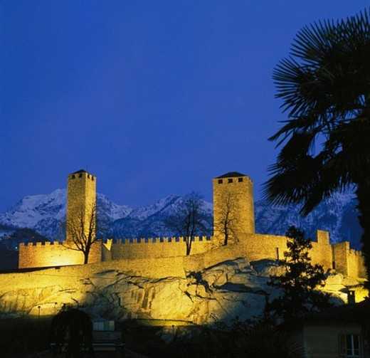 lighting, Bellinzona, Castello grandee, mountains, at night, Switzerland, Europe, Ticino, : Stock Photo
