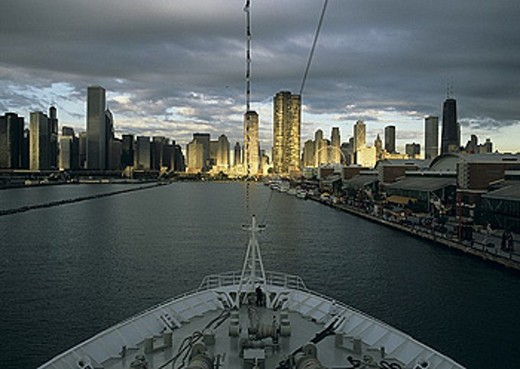 Stock Photo: 1597-29197 USA, America, United States, North America, Illinois, Chicago, Navy pier, jetty, cruise ship, Columbus MS, morning, da