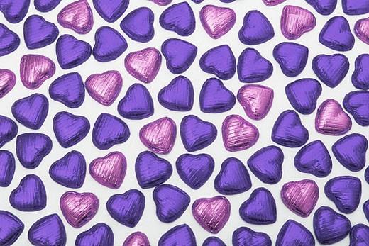 Stock Photo: 1597-29920 heart, hearts, chocolate, Schokoherz, Schokoherzen, chocolate hearts, sweet, sweets, candy, food, studio, symbol