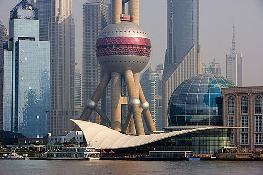 China, Asia, Shanghai, town, city, Pudong, Huangpu, river, flow, Oriental Pearl Tower, skyscraper : Stock Photo