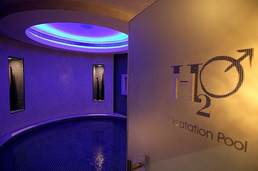 Stock Photo: 1597-30379 H2O male spa, wellness, moulder, design, light, light design, bath, tourism, bathing, holidays, vacation, Jumeirah emi