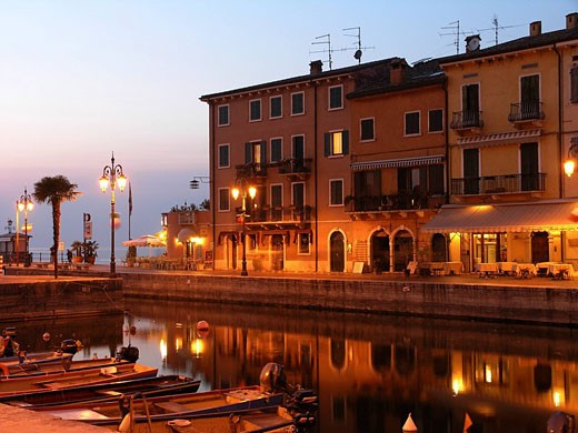 Stock Photo: 1597-37928 Lazise, Lake Garda, Region Veneto, Province of Verona, Europe, Italy, Europe, Northern Italy, old town, harbor, harbor