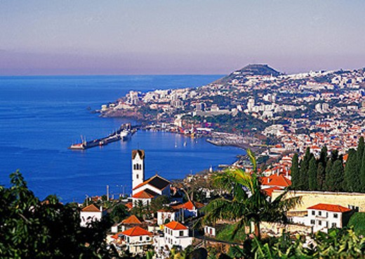 Stock Photo: 1597-38628 Portugal, Europa, Europe, Madeira Island, Funchal City, overview, overlook, town, coast, sea, ocean, landscape