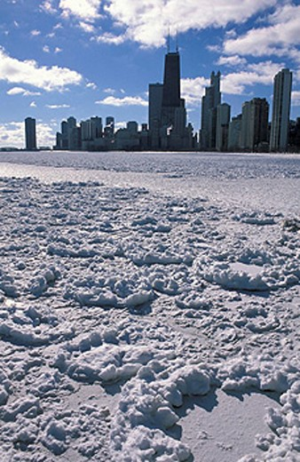 USA, America, United States, North America, Lake Michigan, Chicago Lakefront, Chicago, Illinois, frozen, ice, frost, w : Stock Photo