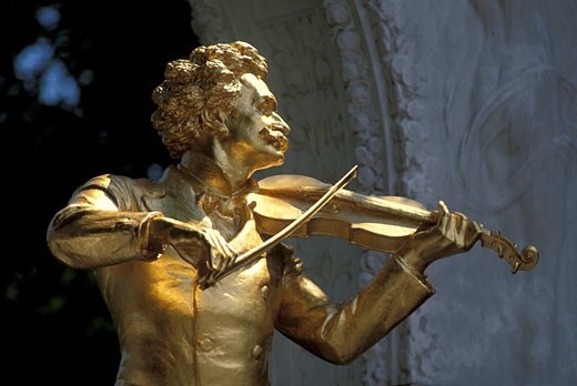 Austria, Europe, Johann Strauss II, Statue, Vienna, golden, sculpture, waltz king, art, music, history, culture, compo : Stock Photo