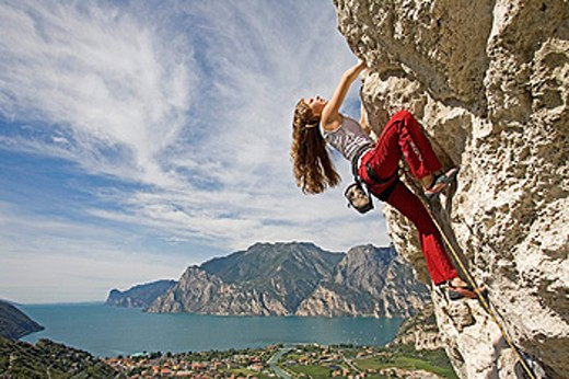 Climbing, Arco, Lake Garda, Italy, Europe, September 2006, free climbing, sports, rock face, cliff, cliffs, mountains, : Stock Photo