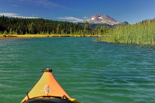 Stock Photo: 1597-42182 USA, America, United States, North America, Oregon, Hosmer Lake, Central Oregon, Cascade Mountains, Bend, Kayak, Boat,
