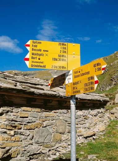 near Bachsee, lake, sea, canton Bern, near Grindelwald, Switzerland, Europe, stone hut, walking, hiking, signpost, : Stock Photo