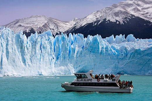 Stock Photo: 1597-59467 Argentina, Südamerika, Amerika, March 2009, Patagonia, Lago Argentino, Lake Perito Moreno, Perito Moreno Glacier, ice, UNESCO world heritage site, people, tourists, ship, excursion, trip, tourism