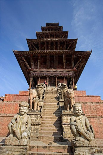 Nepal, Bhaktapur city, Kathmandu Valley, architecture, culture, UNESCO, World heritage site, Taumadhi Square, Asia, tr : Stock Photo