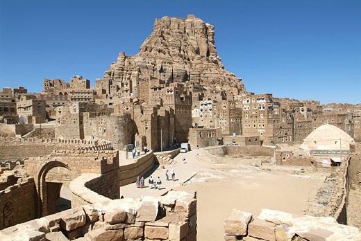 Stock Photo: 1597-63002 Yemen, Thila city, Thula, old town, architecture, tower houses, historic, Husn Thila fort, wall, Arabic, Arabian, Arab