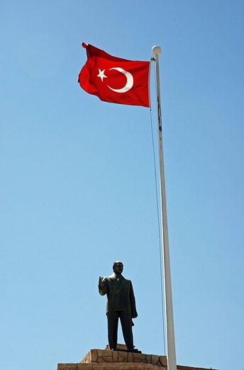 Turkey, monument, Anatolia, Asia, flag, flags, flagpole, crescent, half moon, Kemal Ataturk, Mardin, nation, national : Stock Photo