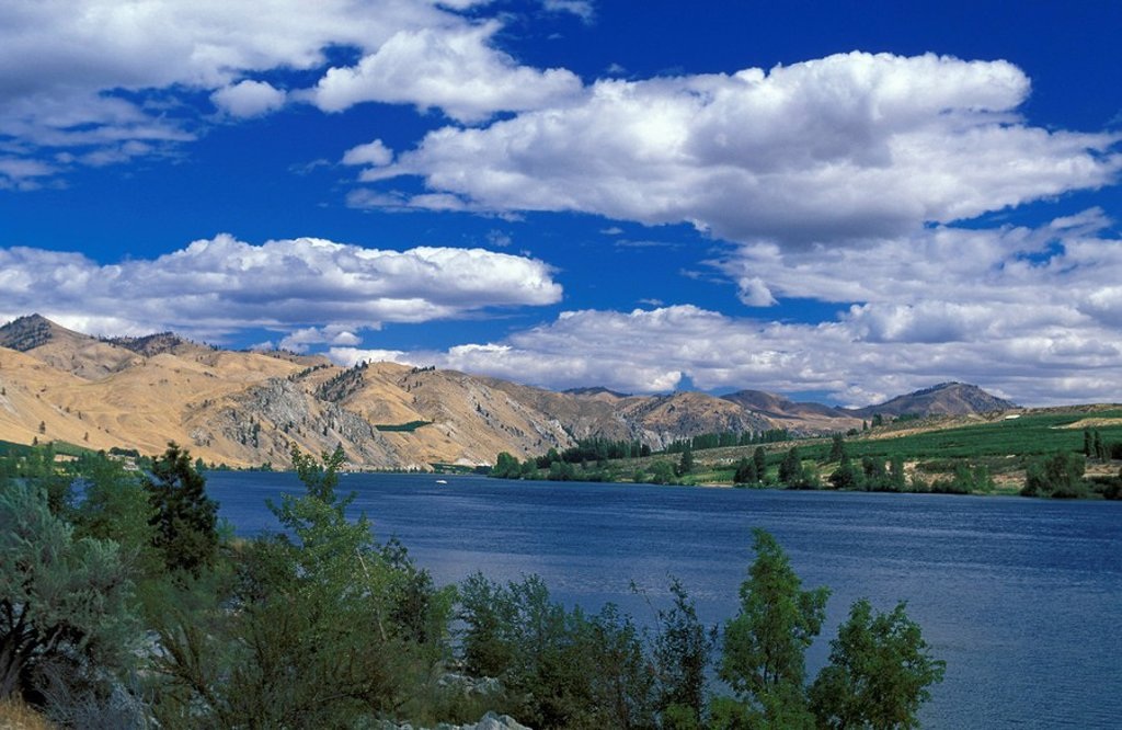 Stock Photo: 1597-67581  Usa, Chelan, Washington, Lake Chelan, Wa