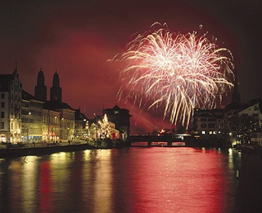 Stock Photo: 1597-7337 10643041, Old Town, fireworks, light, effect, Limmat, river, flow, Switzerland, Europe, New Year´s Eve, New Year´s Eve night,