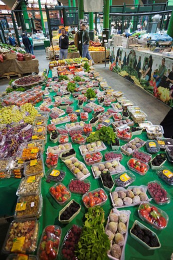 England, London, Southwark, Borough Market, Fruit Stall : Stock Photo