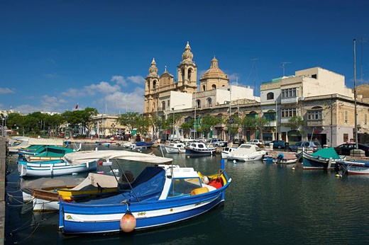 Fischerboote am Msida Creek in Valletta, Malta : Stock Photo