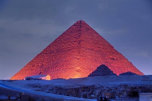 Licht und Ton Show an den Pyramiden von Gizeh, Kairo, Aegypten, Light and Sound Show at Pyramids of Giza, Cairo, Egypt : Stock Photo