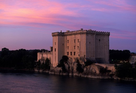 Tarascon, France, Provence, Bouches_du_Rhône, castle, river, flow, Rhône, evening mood : Stock Photo