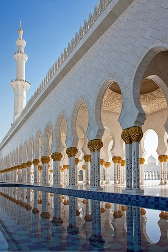 Sheikh Zayed mosque, domes, minaret, tower, rook, Islam, mosque, religion, columns, Abu Dhabi, UAE, United Arab Emirates, Middle East, traveling, place of interest, landmark : Stock Photo