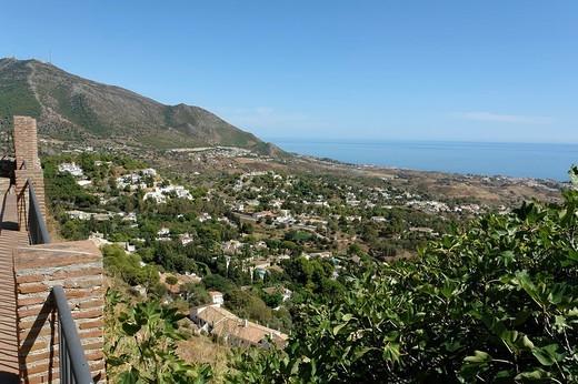 Blick über Mijas zur Küste : Stock Photo