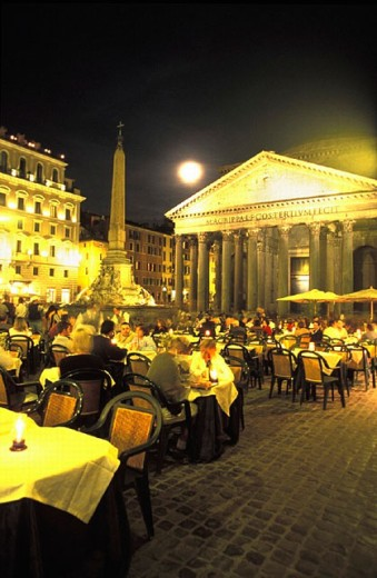 cafe, guests, company, Italy, Europe, night, at night, obelisk Ramses II, pantheon, Piazza della Rotondo, place, res : Stock Photo
