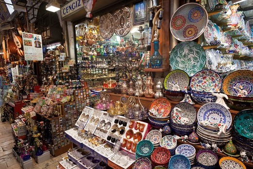 Stock Photo: 1597-89905 Turkey, Istanbul, Sultanahmet, Grand Bazaar, Ceramic Crockery Shop Display