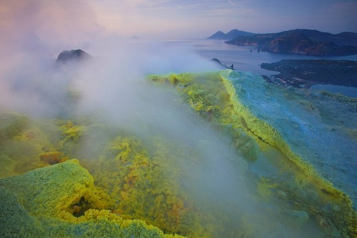 Vulcano, Italy, Europe, Lipari Islands, island, isle, volcano, crater, fumarole, sulphur, sulfur, deposition, steam, vapor, evening mood, sea, Mediterranean Sea : Stock Photo