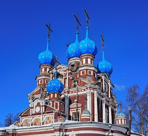 Stock Photo: 1597-91925 Church of Kazan icon of Our Lady, 1694, Ustyuzhna, Vologda region, Russia